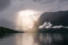 Slovenia (Yann OG) Tags: light mountain lake montagne alpes lumière lac slovenia slovenija rayon bohinj slovénie rayondesoleil sigma30mm rayofsunshine alpesjuliennes clouds nuage hdr highdynamicrange nuageux bohinjsko bohinjskojezero sunbeam