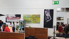 Ausstellung im Autohaus (Joachim Weigt) Tags: acrylgemälde acryl gemälde acrylic joachimweigt weigt ackyweigt acrylaufleinwand grosformat