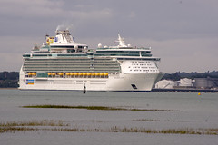 independence of the seas (David Blandford photography) Tags: cruise liner independence seas calshot southamptonwater