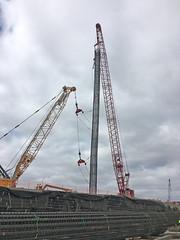 Cranes doing a lot of heavy lifting (WSDOT) Tags: cm tacoma bridgeconstruction interstate5 puyallupriverbridge