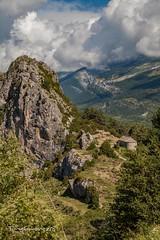Ermita de  los Santos Juan y Pablo. (tonygimenez) Tags: aragón tella huesca iglesia ermita campo montañas bosque paisaje paraje cielo nubes roca