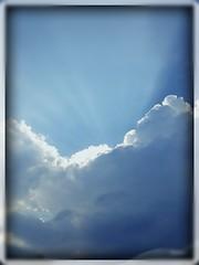 Clouds (melinasentino) Tags: sky cielo nuvola cloud blu