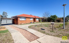 8 Lacey Place, Kambah ACT