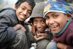 Bangladesh, funny street boys in Dhaka (Dietmar Temps) Tags: fun smile asia bangladesh boys children culture developingcountry dhaka homelessness human humanity kid loneliness male orphan outdoor people person poor poverty streetchildren streetkids streetyouth young