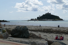 D22254.  St Michael's Mount. (Ron Fisher) Tags: stmichaelsmount marazion cornwall westcountry westofengland england europe europa gb greatbritain uk unitedkingdom island sea seaside coast water wasser panasonic panasoniclumixfz1000 fz1000 sky clouds
