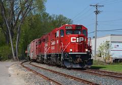 CP 2326- Spur Shove (Khang Lu) Tags: cp canadian pacific emd gp20ceco 2326 hill salt spur mns minneapolis northfield southern local job st louis park mn minnesota train locomotive railroad