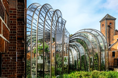 Bombay Sapphire Distillery (The Green Album) Tags: bombaysapphire distillery gin gt tonic architecture sculpture glasshouse plants old new thomasheatherwick