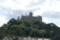 D22260.  St. Michael's Mount. (Ron Fisher) Tags: stmichaelsmount marazion cornwall westcountry westofengland england europe europa gb greatbritain uk unitedkingdom island coast panasonic panasoniclumixfz1000 fz1000 sky clouds
