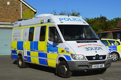HX56 AWC (S11 AUN) Tags: hampshire constabulary police mercedes sprinter rpu roads policing support unit traffic car canteen welfare van psu pov public order vehicle riot npt neighbourhoodpatrolteam cctvunit irv incident response station cell cage cctv 999 emergency hx56awc