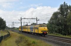 Hogebrug (Gouda-Woerden), testrit 466 (Ahrend01) Tags: de karel plan v 466 testrit geel blauw ns mat 64