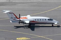 JetNetherlands BV Piaggio 180 Avanti PH-HRK (c/n 1120) (Manfred Saitz) Tags: vienna airport vie loww schwechat flughafen wien jetnetherlands piaggio avanti 180 p180 phhrk phreg