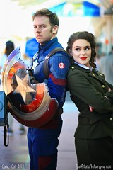 Captain America and Peggy Carter at San Diego Comic Con (Sam Antonio Photography) Tags: comiccon comicconinternational sandiegocomiccon marvel captainamerica movie sandiegocalifornia costume cosplay man male female couple avengers superhero fun success power together outdoor freedom inspiration relationship caucasian smiling cheerful closeness romance portrait beauty adults attractive togetherness clothing strong endgame peggycarter
