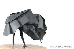 クロコサギ 〜狩〜 / Black heron ~hunt~ (Gen Hagiwara) Tags: origami paper folding art paperart craft papercraft genhagiwara bird heron blackheron black