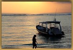 what sunset (Canon makes it too easy !!!!!) Tags: snoad snoady australia bali beach surf fun bikini model babe sunse t kites boats ocean canon eosr 5d4