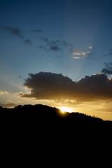 Sunrise (Stueyman) Tags: sony alpha a7 a7ii wa westernaustralia australia au sunrise sun light rays clouds sky hill zeiss batis batis240cf 40mm outside captureone