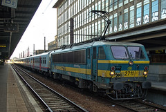 SNCB Class 27 electric loco No. 2711 at Brussel-Centraal Station on 22 August 2019 (Trains and trams eveywhere) Tags: belgium bn railways benelux acec sncb brussels station electric bruxelles trains class locomotive brusselcentraal bruxellescentral 27