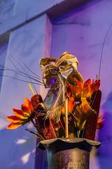 Tribute (davidseibold) Tags: california usa plant flower cemetery america losangeles unitedstates unitedstatesofamerica hollywood diadelosmuertos hollywoodforevercemetery santamonicablvd losangelescounty postedonflickr photosbydavid jfflickr canonrebelt3i mausoleum
