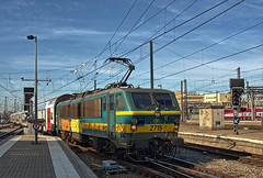 SNCB Belgian Railways Class 27 electric loco No. 2715 pulls into Bruxelles-Central Station on 22 August 2019 (Trains and trams eveywhere) Tags: acec bn sncb belgium benelux railways trains brussels class 21 locomotive electric station doubledecker bruxelles bruxellescentral brusselcentraal