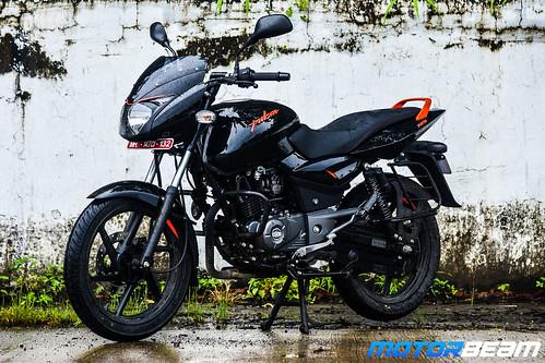 2019-Bajaj-Pulsar-125-7