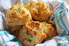 Red Lobster Biscuit Recipe (jojorecipes) Tags: redlobsterbiscuit food foodideas snacks recipes americanfood cook cooking yummy tasty jojorecipes