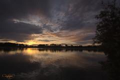 Bizitza triste eta ederra/Una vida triste y hermosa...247/365 (cienfuegos84) Tags: amanecer sunrise nubes clouds naturaleza nature