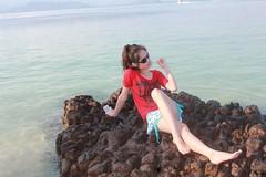 7 years ago (ChalidaTour) Tags: thailand thai asia asian girl femme fils chica nina woman teen sweet cute sexy petite slender slim legs feet ocean sea rocks portrait red