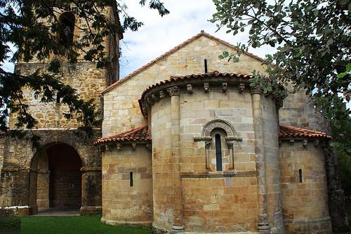 Abside del antiguo monasterio de san Pedro de Villanueva
