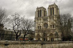 France:  Notre Dame de Paris (Doug Craig Photography) Tags: countries europe france paris notredame journalism photo travel tourism stock nikon dougcraigphotography religion architecture landmarks flickrtravelaward legacy