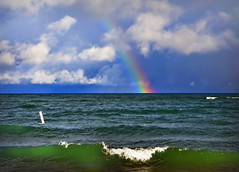 After the storm, Rainbow atTawas Point State Park, Michigan (klauslang99) Tags: klauslang nature naturalworld northamerica lake michigan rainbow water waves