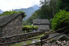 Valle de Verzasca 1 (JM Portos) Tags: suïssa muntanya