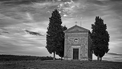Val D'Orcia Day 4001_307 (janetliz) Tags: italy tuscany valdorcia spring capeladivitaleta chapel blackandwhite