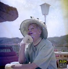 Hedda Hopper (Arxiu del So i de la Imatge de Mallorca) Tags: majorca mallorca periodistas periodistes journalists actrius actrices actresses terrazas terrasses terraces