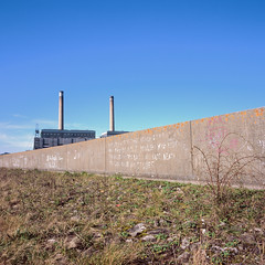 Thurrock, Essex (akjgjzfl2) Tags: 100 grays tilbury e6 graffiti landscape modernart powerstation velvia