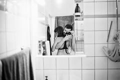 line and me, 2018 (SimonSawSunlight) Tags: leica 35mm f25 trix kodak iso400 blackandwhite documentary photography analogue film self portrait selfportrait mirror love intimate berlin m2