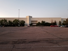 Colorado Springs, CO Citadel Mall - Macy's (built as a May D&F then Foley's) (army.arch) Tags: coloradosprings colorado co mall shoppingcenter shoppingmall citadel maydf foleys macys departmentstore closed