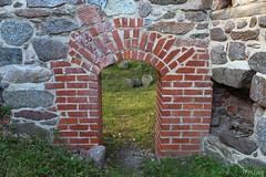 Åls castle ruins 01 (Irmzaq photography) Tags: photography abandoned abandonedphotography ruinphotography ruins oldruin castleruin grensholm borgsruin