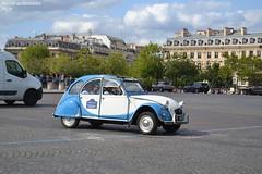 Citroën 2cv (Monde-Auto Passion Photos) Tags: cars voiture vehicule auto automobile citroën 2cv deuche deudeuche petite little ancienne classique collection légende france paris