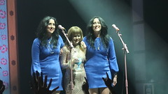Jenny Lewis (On The Line Tour) - Jennifer Diane Lewis with Chandra Watson & Leigh Watson (The Watson Twins) (Peter Hutchins) Tags: jennylewis onthelinetour theanthem washington dc jenny lewis on the line tour anthem watson twins thewatsontwins rilo kiley rilokiley chandra leigh chandrawatson leighwatson