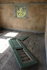 Abandoned house 02 (Irmzaq photography) Tags: photography abandoned abandonedphotography abandonedbuilding abandonedhouse abandonedroom room