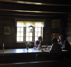 Lunch break (DameBoudicca) Tags: norway norge noreg norwegen noruega norvège norvegia ノルウェー lillehammer maihaugen traditional guide reenactor reenactors holøcottage holøstua lunch break