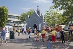 Opblaaskerk (Mary Berkhout) Tags: maryberkhout cultureelzomerfestival winkelcentrum dejulianabaan opblaaskerk geloof religie voorburg