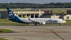 Alaska Airlines Boeing 737-990(ER)(WL) N280AK (MIDEXJET (Thank you for over 2 million views!)) Tags: milwaukee milwaukeewisconsin generalmitchellinternationalairport milwaukeemitchellinternationalairport kmke mke gmia flymke alaskaairlinesboeing737990erwln280ak alaskaairlines boeing737990erwl n280ak boeing737990 boeing737900 boeing737 boeing 737 737900 737990