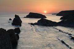 Playa de la Arnía (Xavier Mas Ferrá) Tags: amanecer playa playadelaarnía cantabria costaquebrada cantábrico sunrise sun landscape landscapephotography seascape