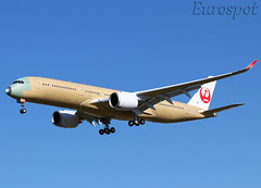F-WZNP Airbus A350 Japan Airlines (@Eurospot) Tags: ja04xj fwznp airbus a350 a350900 toulouse blagnac japanairlines