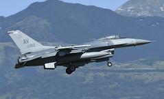 "F-16CM AV 89-2102, 510th Fighter Squadron ""Buzzards"" Aviano AFB, Italy (TAIRNGREACHT_BAS) Tags: usaf f16c block40 viper aviano"