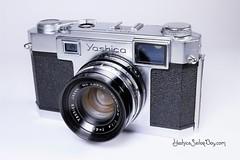 Yashica 35 - 1958 (http://www.yashicasailorboy.com) Tags: yashima yashica camera 35mm film japan rangefinder 1950s photography studio yasinonlens
