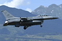 "F-16CM AV 87-0355, 510th Fighter Squadron ""Buzzards"" Aviano AFB, Italy (TAIRNGREACHT_BAS) Tags: usaf f16c block40 viper aviano"