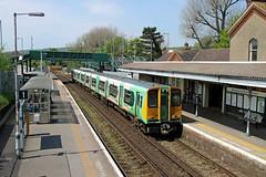 313213 Falmer (CD Sansome) Tags: station train southern rail tsgn gtr govia thameslink railway falmer brighton 313 313213 east coastway line