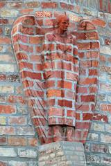 Bricked wings (srkirad) Tags: travel szolnok hungary facade bricks statue man wings house building architecture