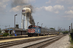 Chicago Bound Metra (D Collin Reinhart) Tags: metra chicago chicagoarea metx420 emd f40 communter passengertrain franklinpark illinois